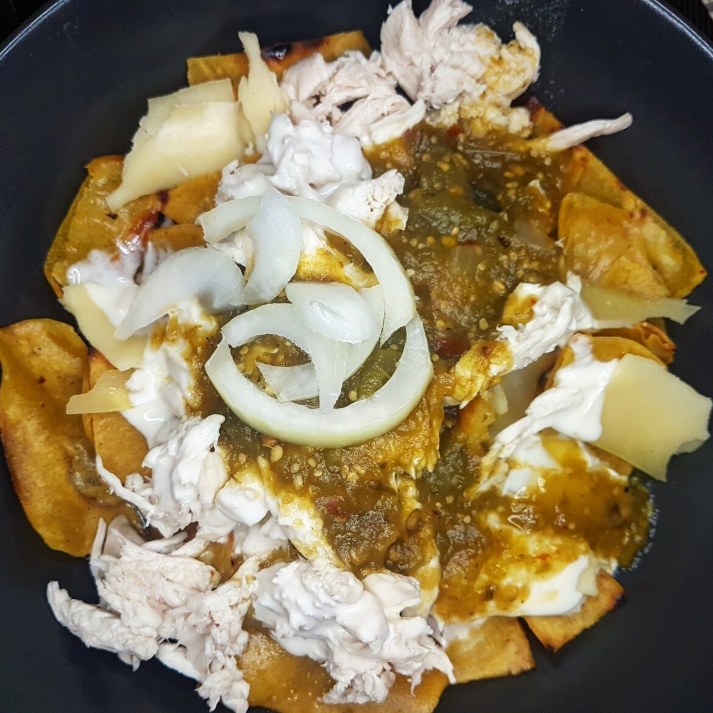 chilaquiles-en-salsa-verde-el-mexiterráneo